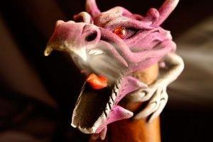 Frente al dragón: ¿guerreros o magos?